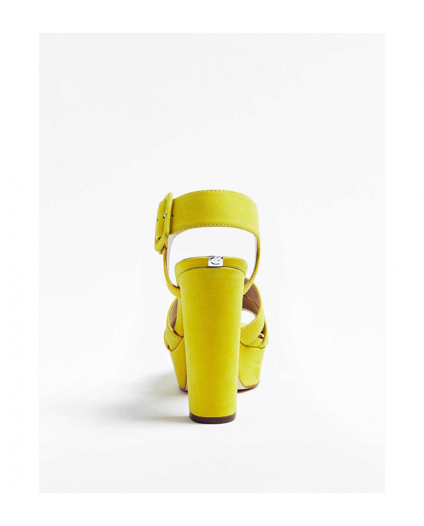 Guess Sandali   Lylah sandalo (sandal) nubuck Donna Giallo Fashion
