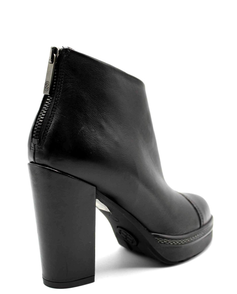 Carmens Tronchetti F.gomma Donna Nero Fashion